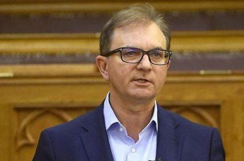Hadházy Ákos reakciója Tóth Csaba visszalépésére